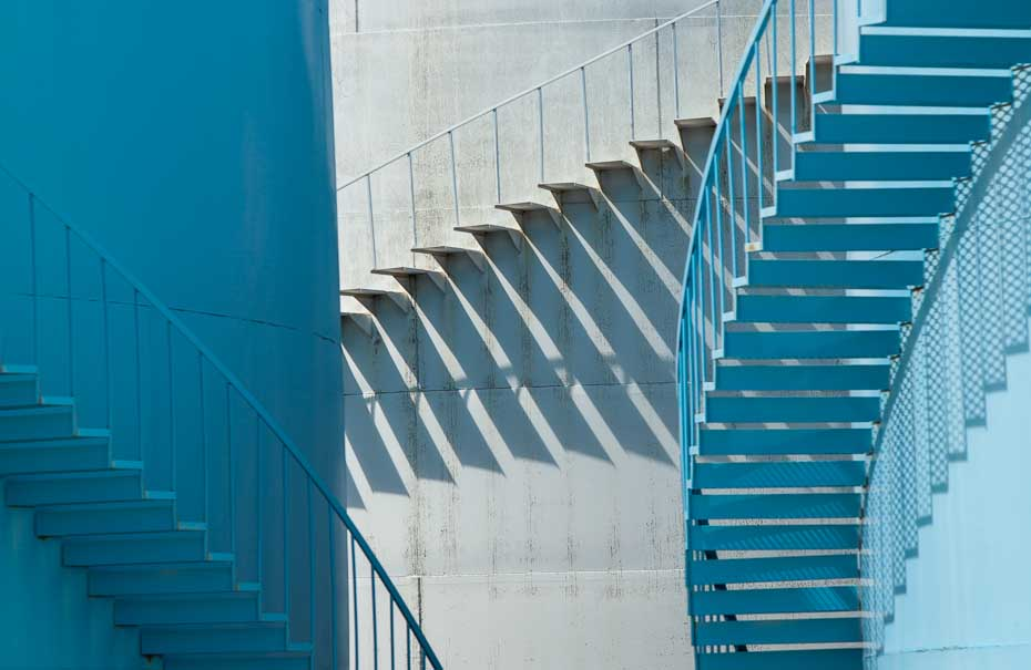 110429_134_abst_3-Stairs